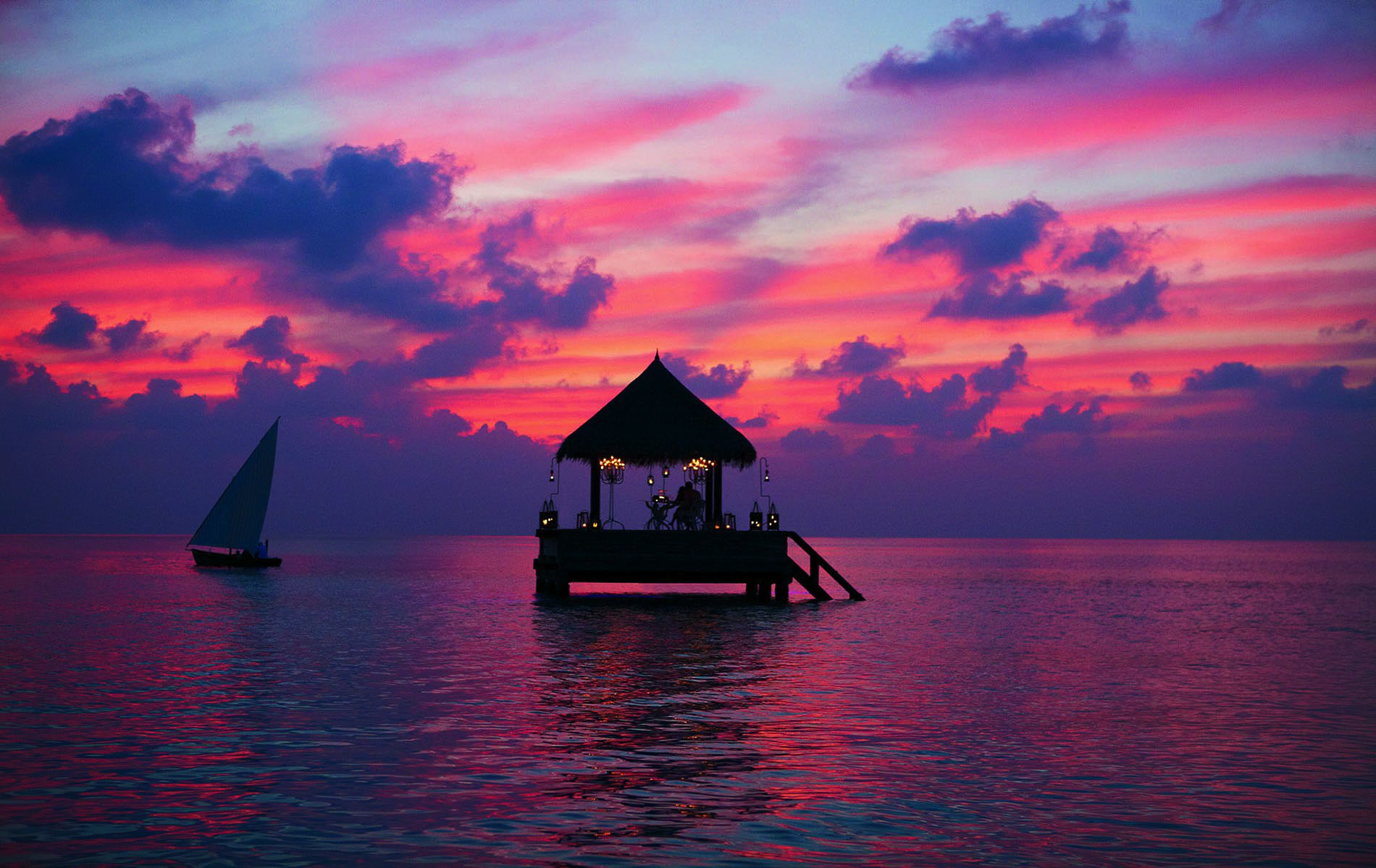 Resort-Sunset-Maldives-s